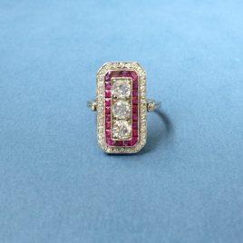 Art Deco diamant en robijn ring